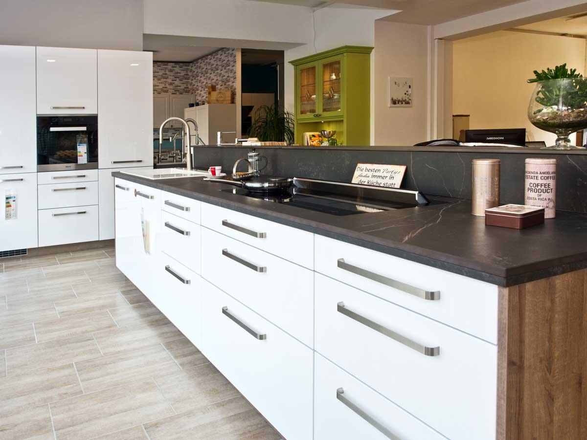 Traumhafte kuchen fur lubeck und ostholstein kuchenstudio for Küchenstudio lübeck